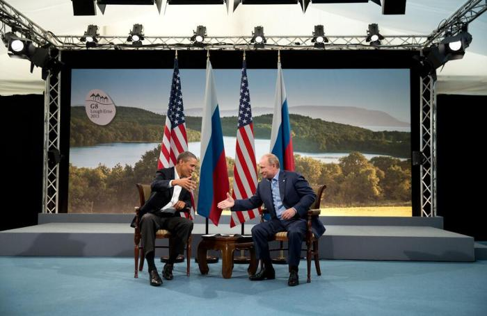 Barack_Obama_and_Vladmir_Putin_shake_hands_at_G8_summit,_2013