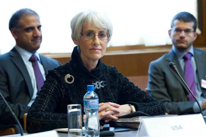Wendy Sherman, US Under Secretary for Political Affairs addresses during the E3/EU+3 Iran Talks, Palais des Nations. Tuesday 15 October 2013. Photo by Violaine Martin
